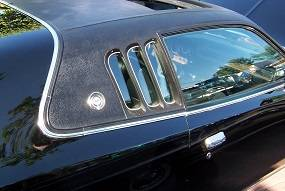 Dante's Mopar Parts - Mopar Vinyl Tops 1973-1974 Dodge Charger SE Cobra Grain Top